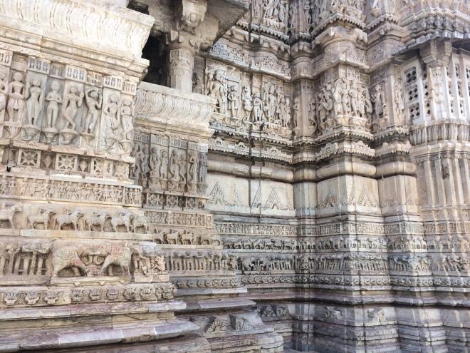 Hindu temple statues